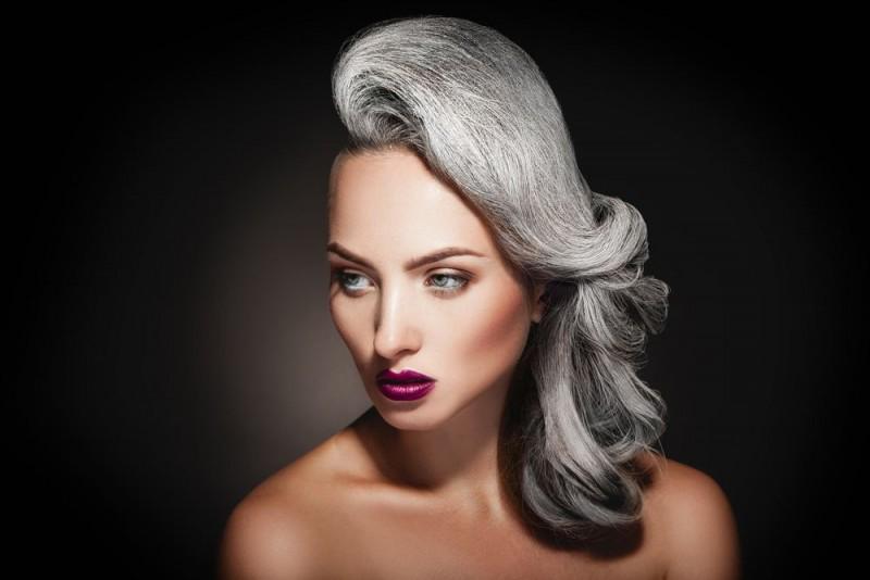 Grey hair - en strålende hårtrend