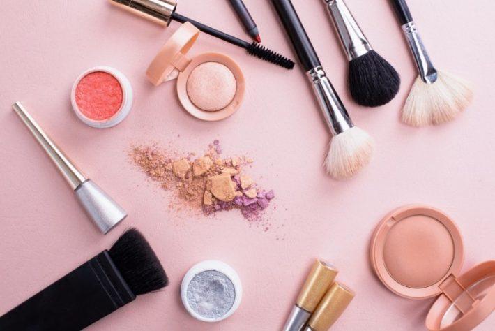 Disse makeupbørster og pensler har du brug for i din værktøjskasse